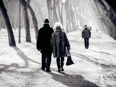 Preventing the Elderly from Falls this Winter