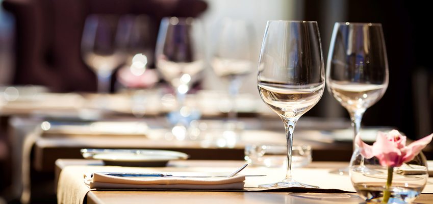 Bar Restaurant Insurance Quotes CT Petruzelo - Fancy restaurant table